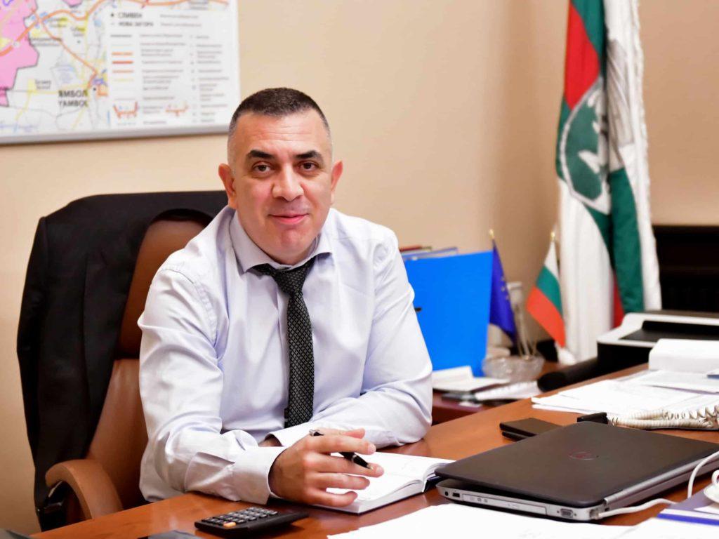 Кметът Стефан Радев подписа договор за безвъзмездна финансова помощ по социален проект на Общината