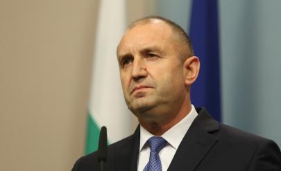 Създадоха подписка с искане за импийчмънт на президента Радев