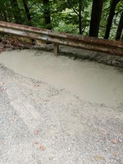 Общината укрепи свлачището в участъка от пътя Сливен-връх Българка-Раково