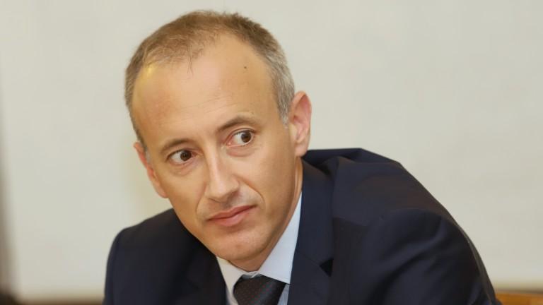 Красимир Вълчев обяви кога ще се върнат учениците в клас