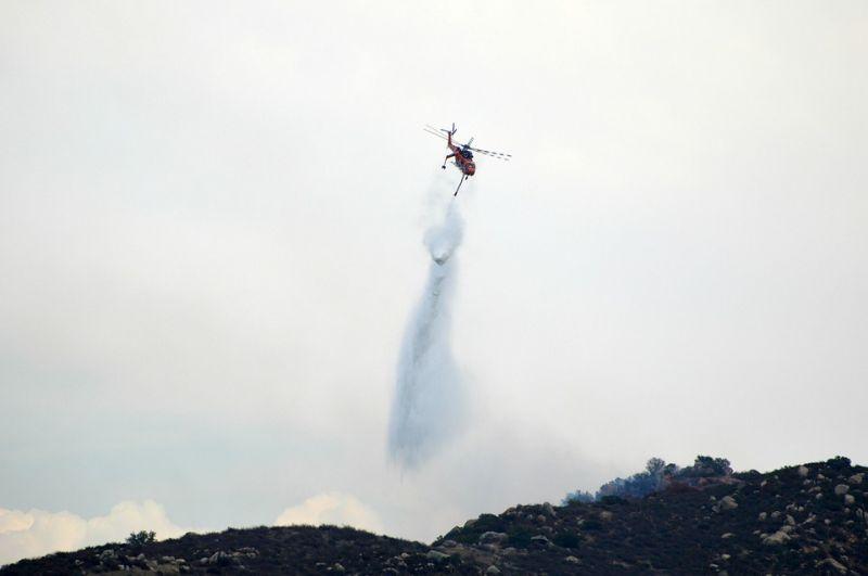 Втори ден продължава гасенето на пожара край Твърдица